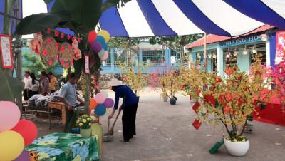 Trường Tiểu học Bùi Quốc Khánh tổ chức hội chợ triển lãm Mừng Đảng – Mừng Xuân Mậu Tuất 2018